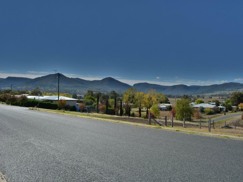 23 Cedar Street, Killarney QLD 4373, Image 2