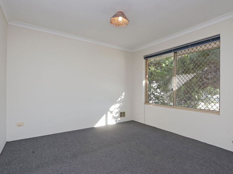 21 Kinghorn Place, Redcliffe WA 6104, Image 2