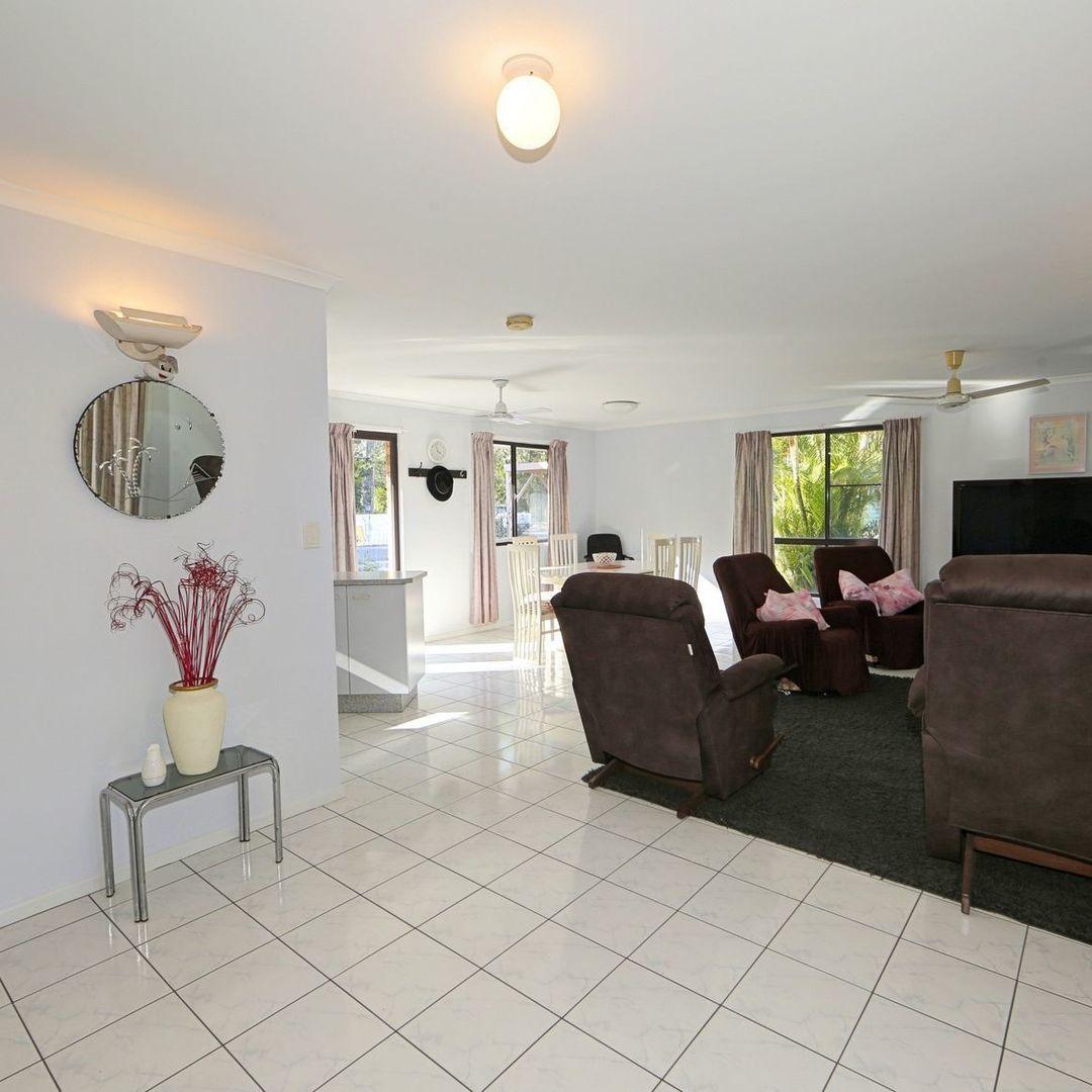1 Cottonwood St, Woodgate QLD 4660, Image 2