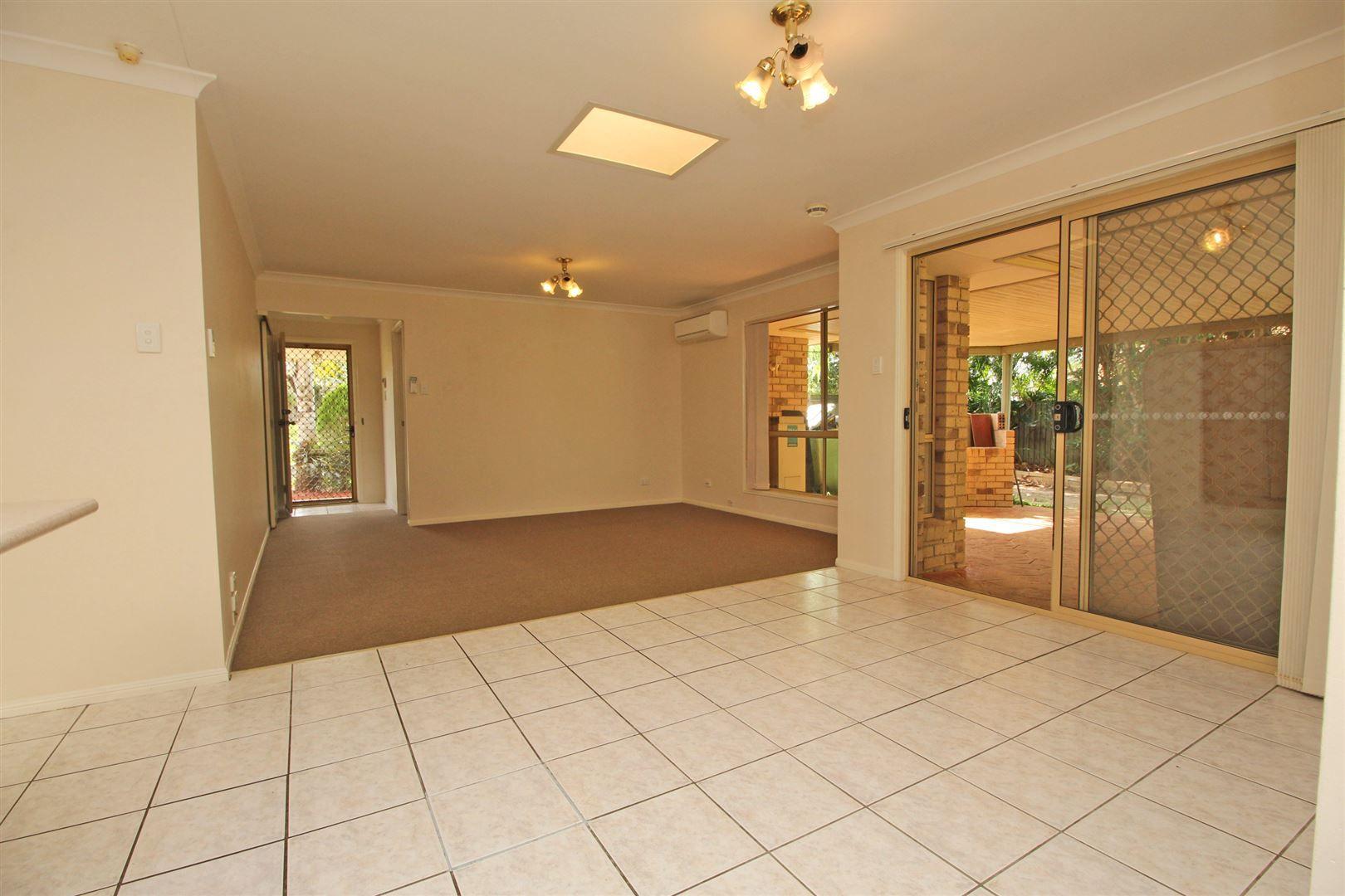 42 Maple Avenue, Camira QLD 4300, Image 2