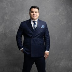 Junianto Lianto, Sales representative