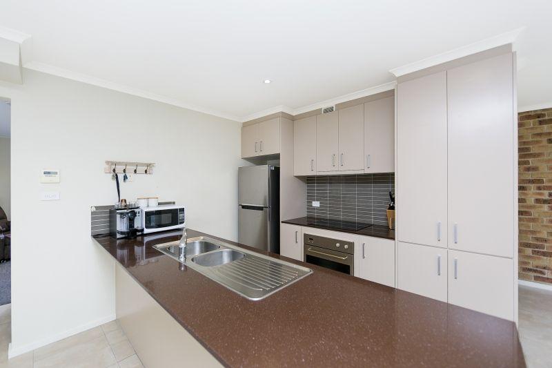 3/4 Mulloon Street, Queanbeyan East NSW 2620, Image 1