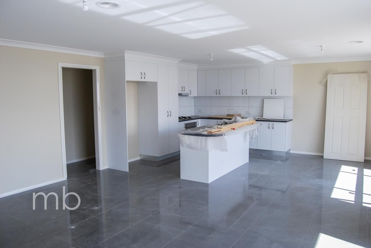 4 Speet Place, Orange NSW 2800, Image 1