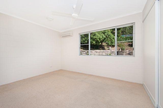 2/62 Alexandra Street, North Ward QLD 4810, Image 1