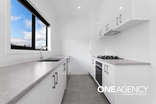 Picture of 5/14 Outlook Way, SUNBURY VIC 3429