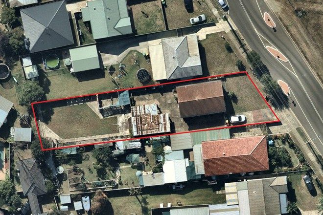 Picture of 35 Melbourne Street, OXLEY PARK NSW 2760