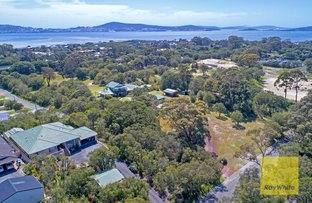 Picture of 48 Grove St West, Little Grove WA 6330