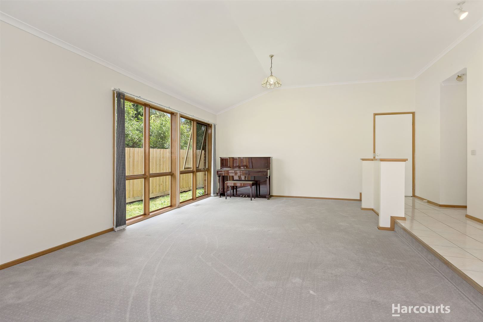 7 Pioneer Close, Vermont South VIC 3133, Image 2