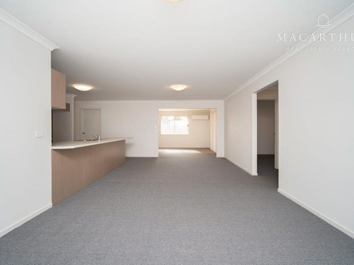 3 Hazelwood Drive, Forest Hill NSW 2651, Image 2