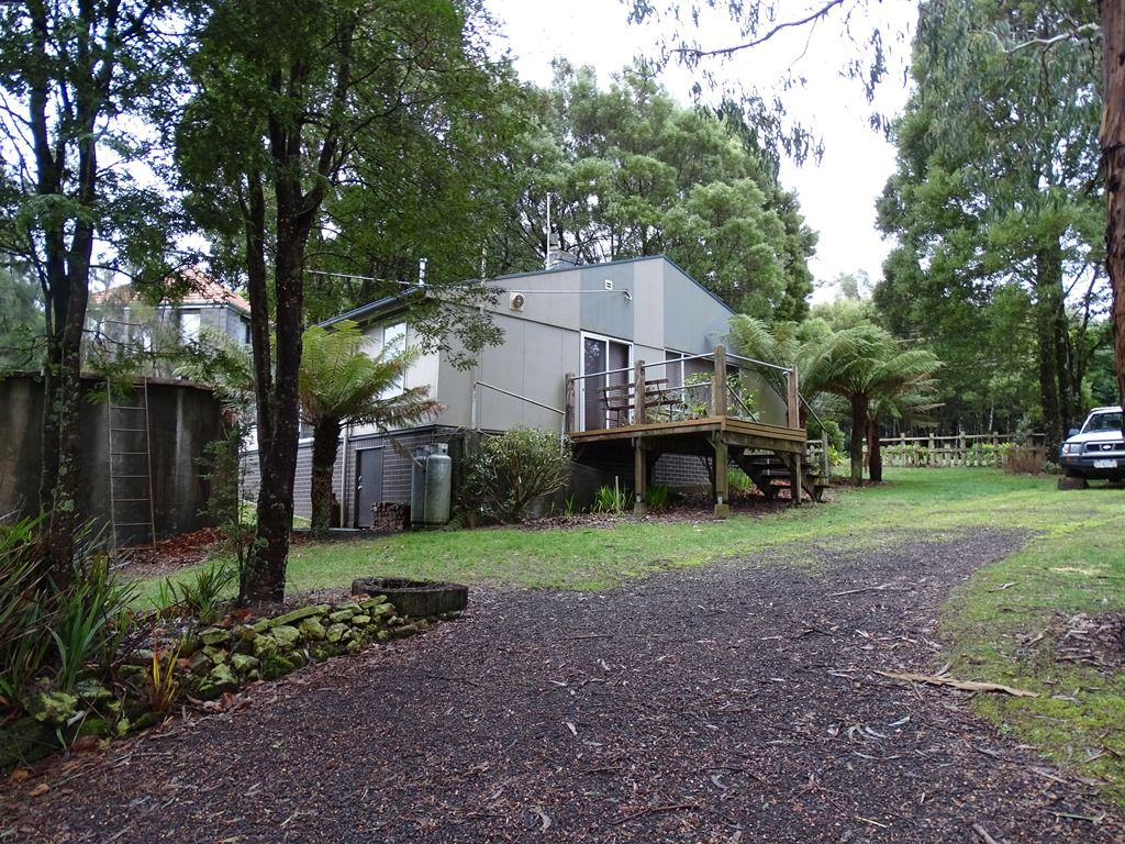 72 Main Road, Beech Forest VIC 3237, Image 0