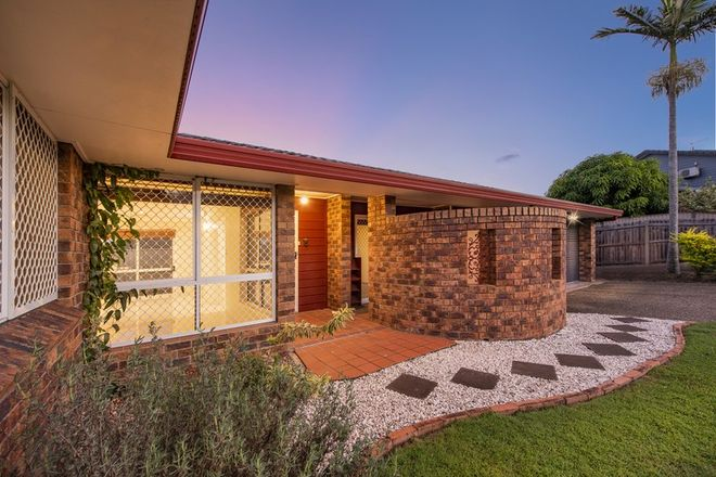 Picture of 21 Crestone Place, ALGESTER QLD 4115