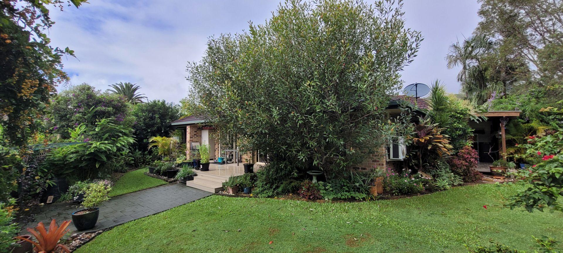 10/11-21 Lakeshore Avenue, Buderim QLD 4556, Image 0