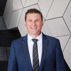 Adam Natonewski, Sales representative
