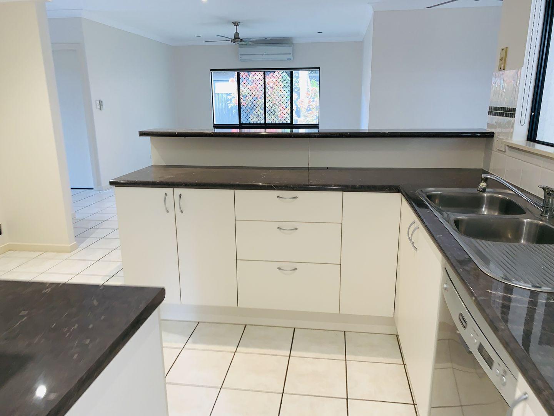 26 Tydeman Crescent, Clifton Beach QLD 4879, Image 2