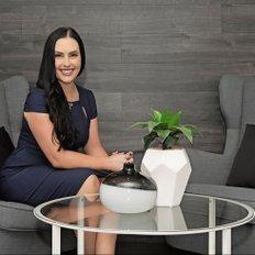Emma Grant, Sales representative