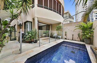 Picture of 2/3 Mountbatten Avenue, Main Beach QLD 4217