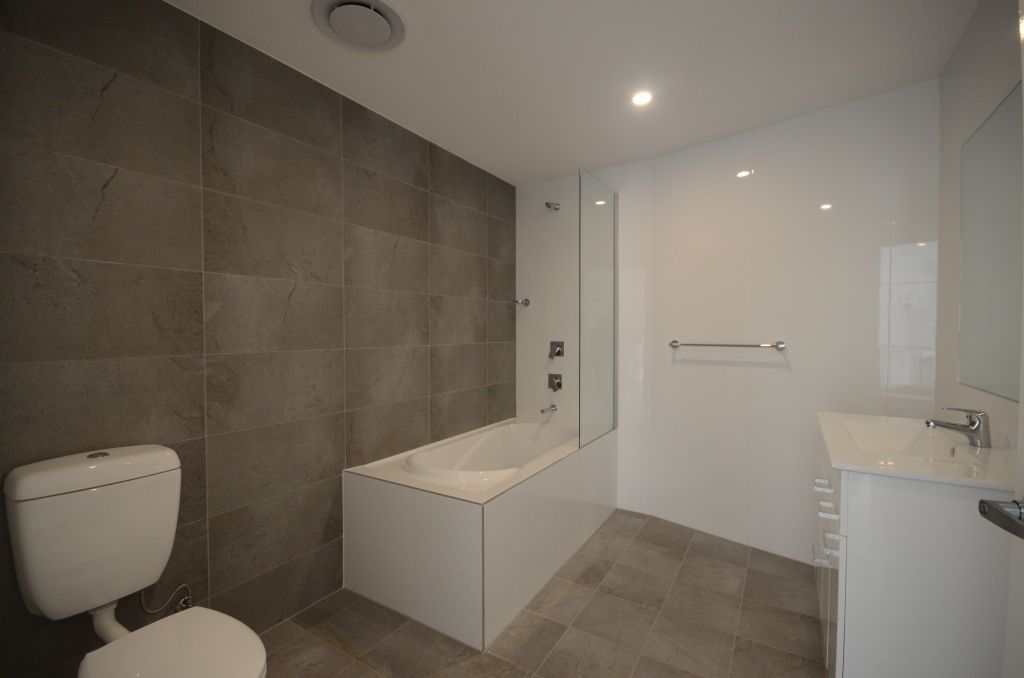 8/44-46 Lydbrook Street, Westmead NSW 2145, Image 2