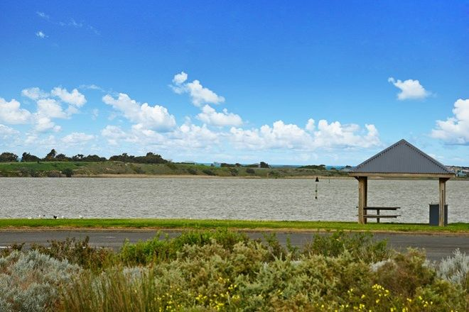 Picture of 5 Barrage Road, GOOLWA SOUTH SA 5214