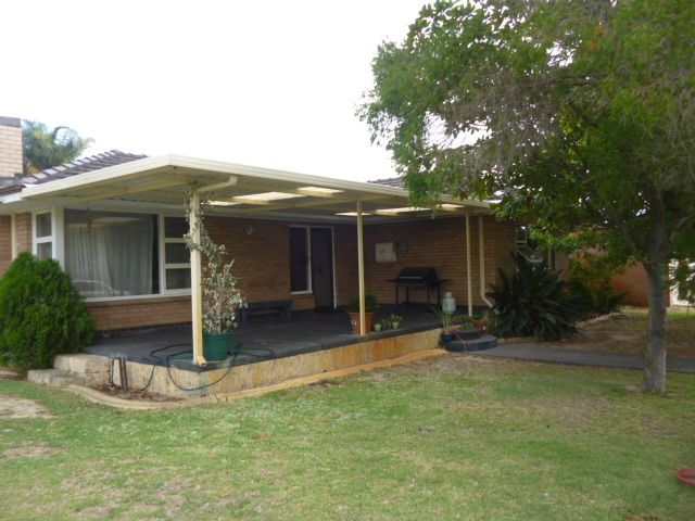 11 Moorhouse Street, Willagee WA 6156, Image 0