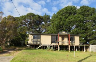 Picture of 9 New Street, Lakes Entrance VIC 3909