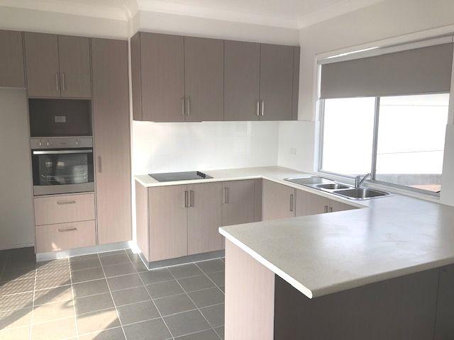 2 Flinders Avenue, Kiama Downs NSW 2533, Image 0
