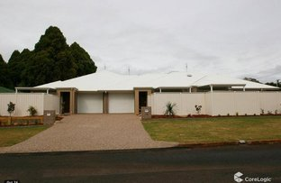 Picture of 2/10 Bright Street, South Toowoomba QLD 4350