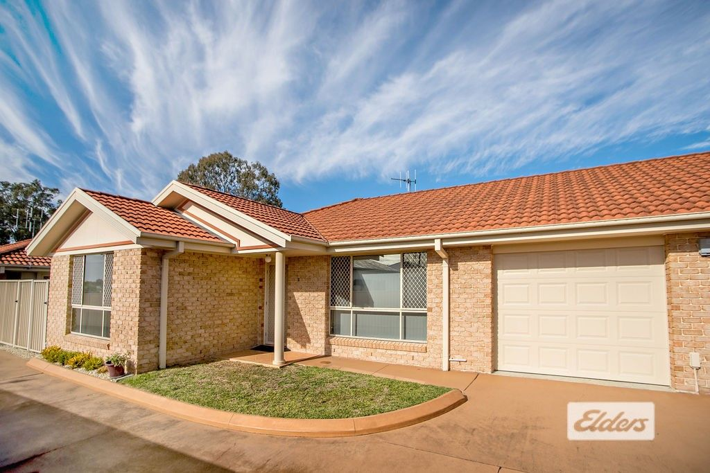 2/8 Plover Street, Taree NSW 2430, Image 0