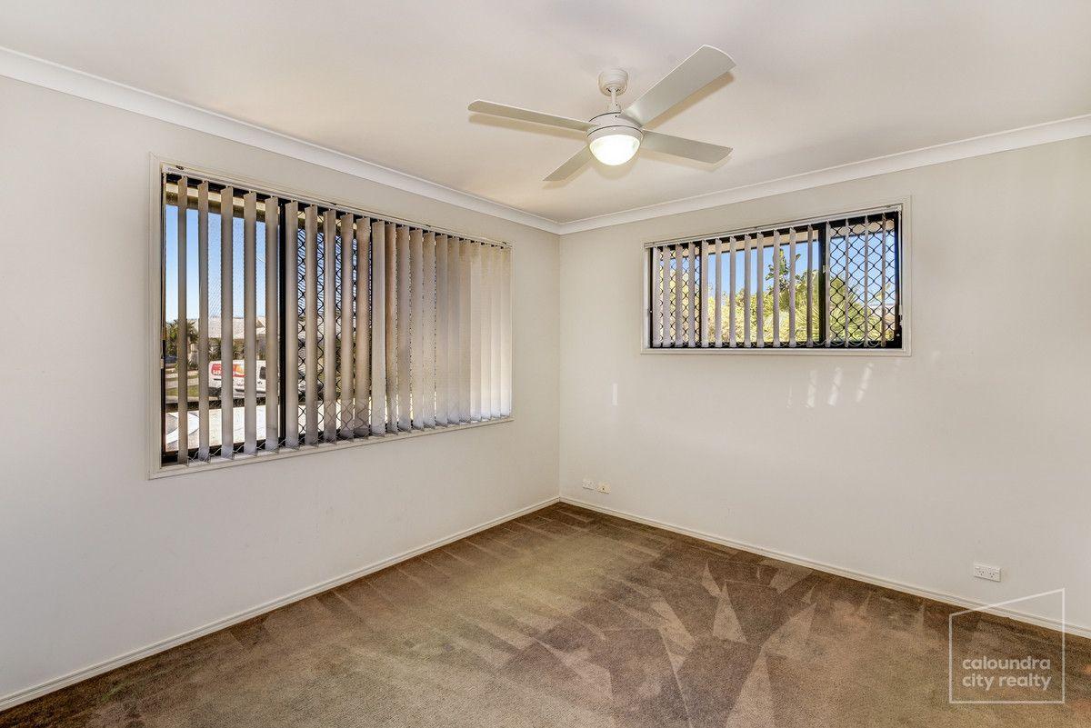 38 Crater Street, Caloundra West QLD 4551, Image 2