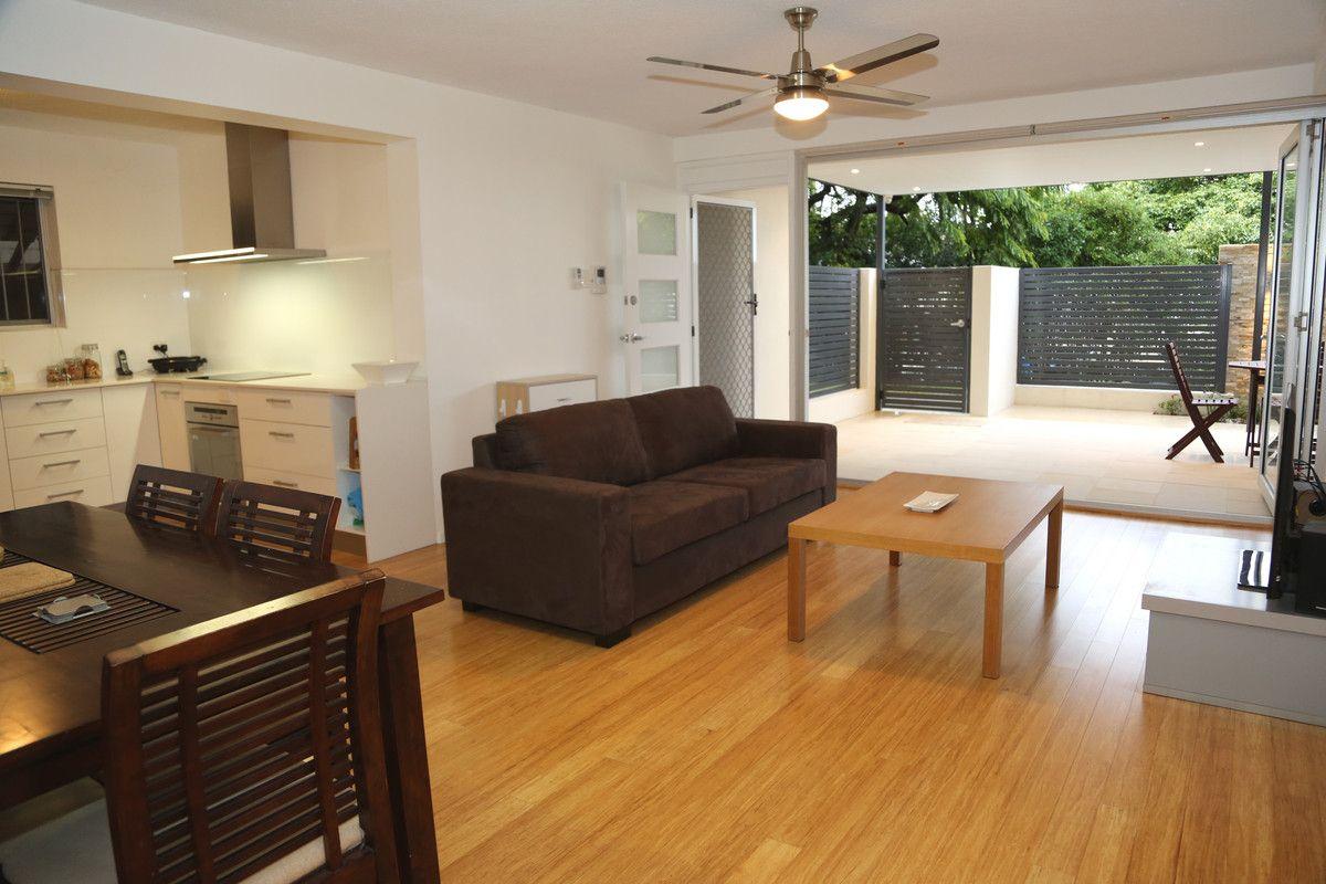2/37 Sisley Street, St Lucia QLD 4067, Image 1