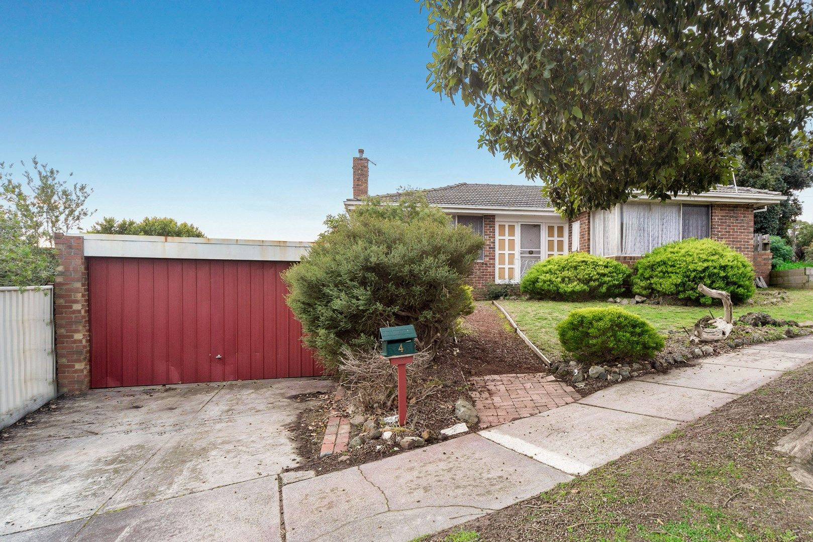 4 Mayfair Court, Frankston VIC 3199, Image 0