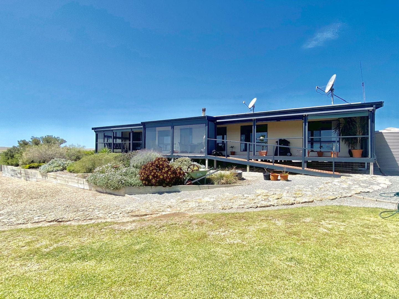 17499 Flinders Highway, Elliston SA 5670, Image 1