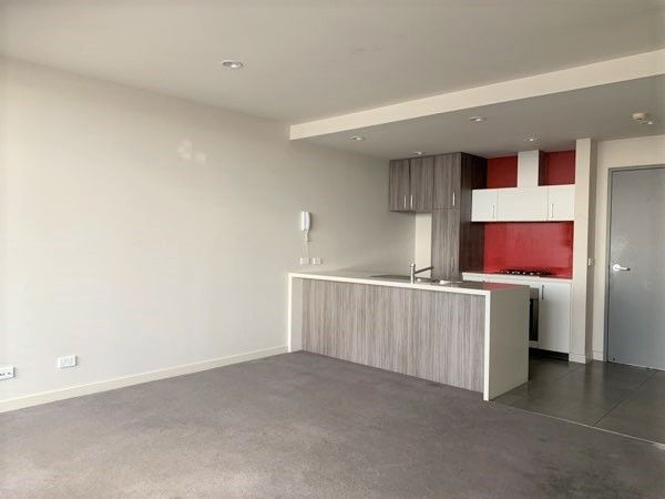 Unit 204/ 31B Buckingham Avenue, Springvale VIC 3171, Image 0