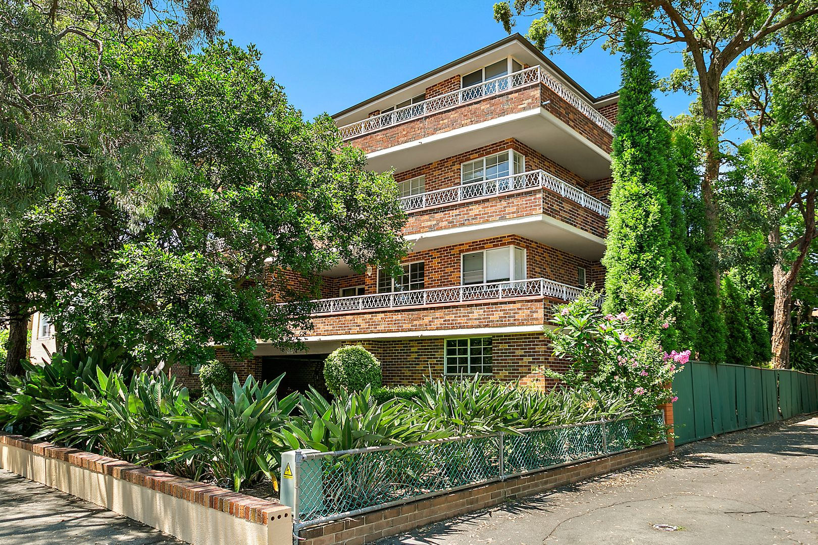 9/161 Russell Avenue, Dolls Point NSW 2219, Image 1