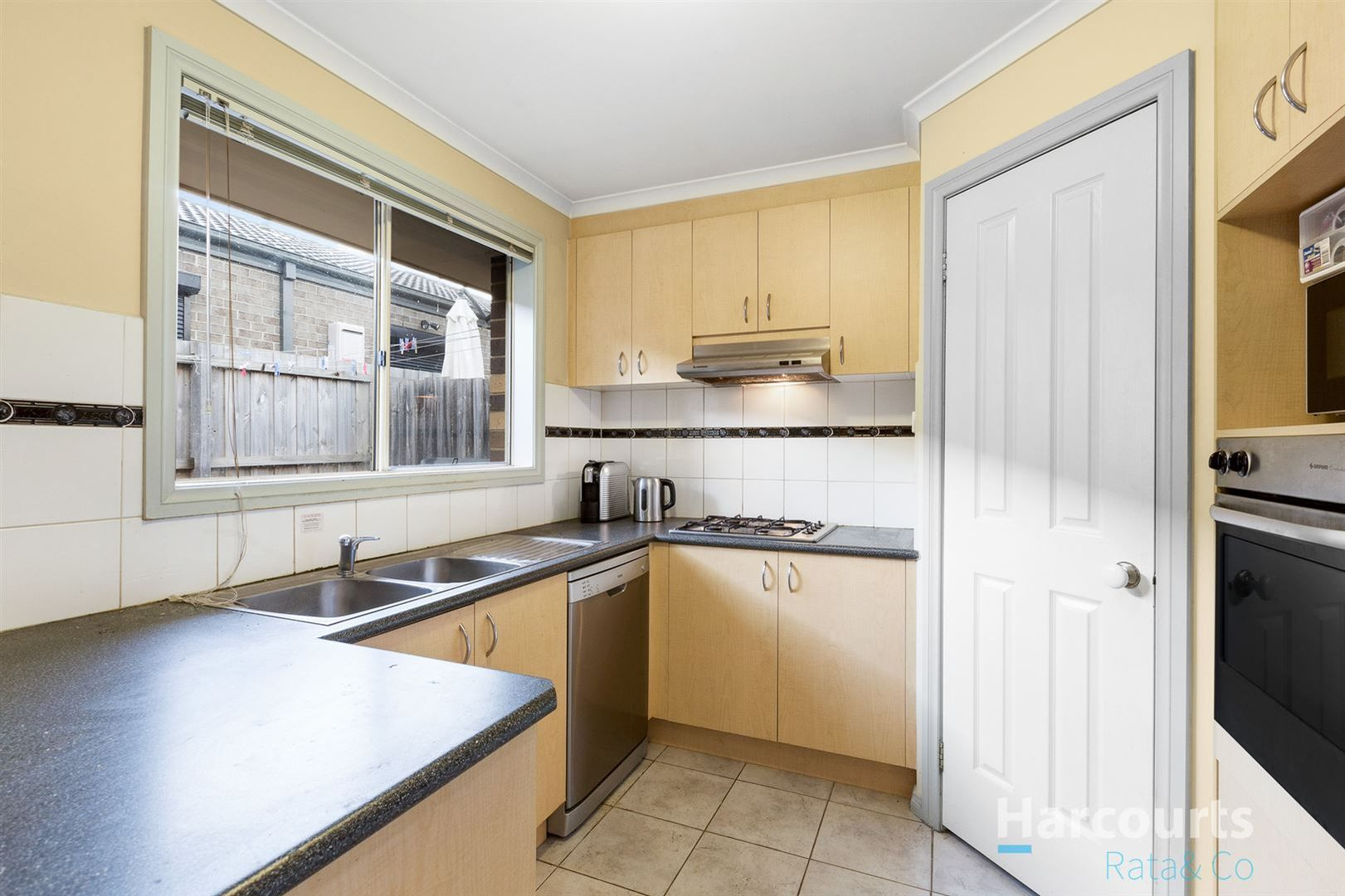 2/5 Smith Street, Reservoir VIC 3073, Image 1