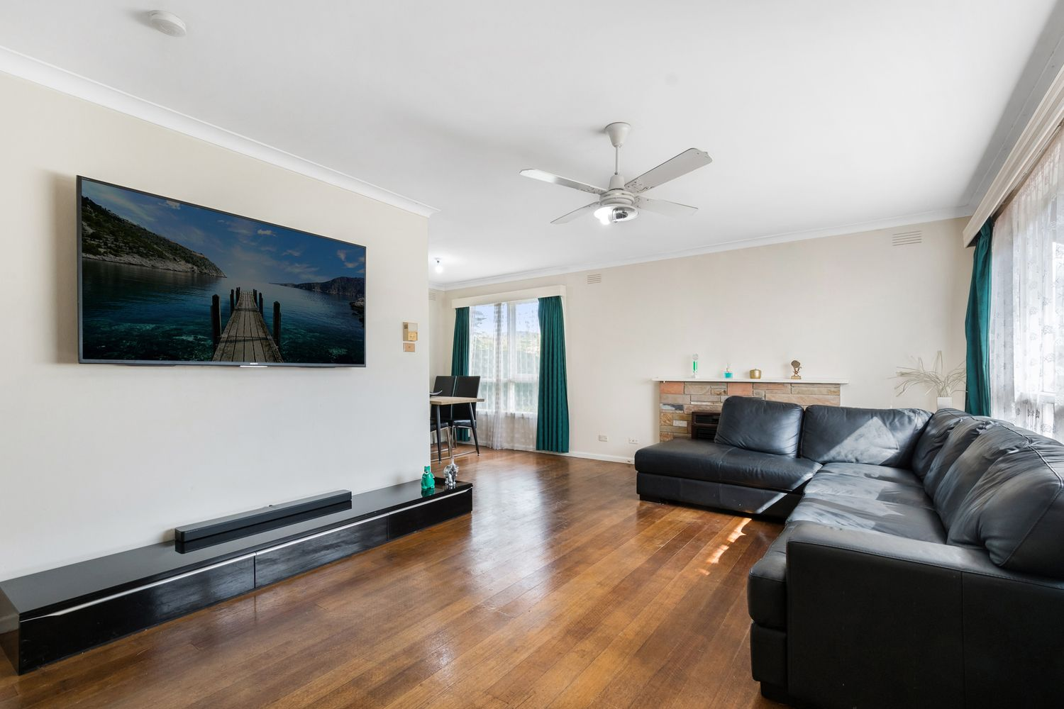 21 McComb Crescent, Bayswater VIC 3153, Image 1