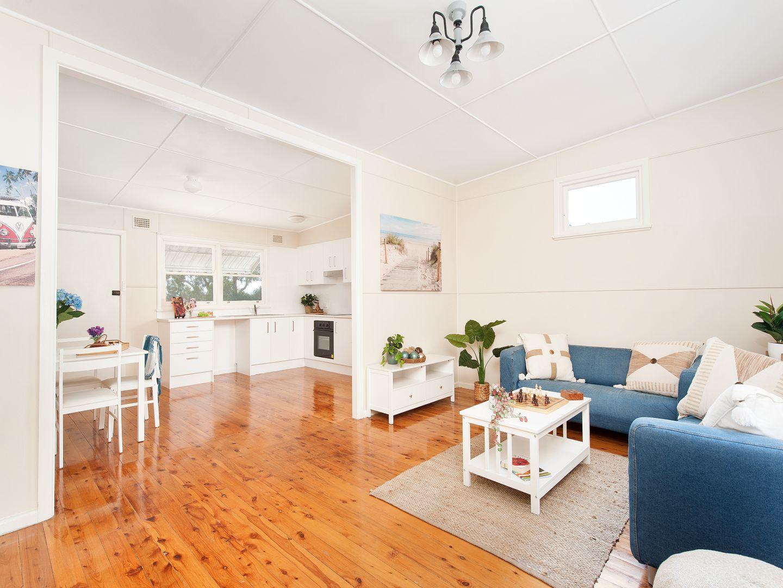 18 Flannel Flower Fairway, Shoal Bay NSW 2315, Image 2