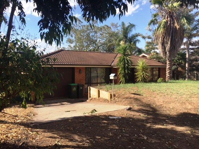 85 Cleopatra Drive, Rosemeadow NSW 2560, Image 1