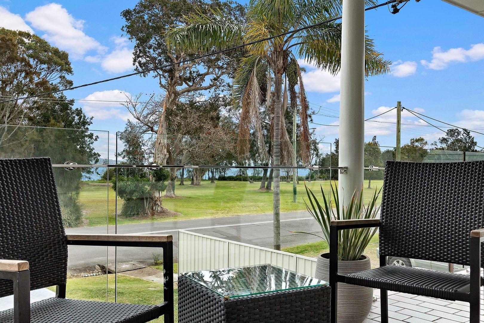 30 Lakeside Drive, Swansea NSW 2281, Image 2