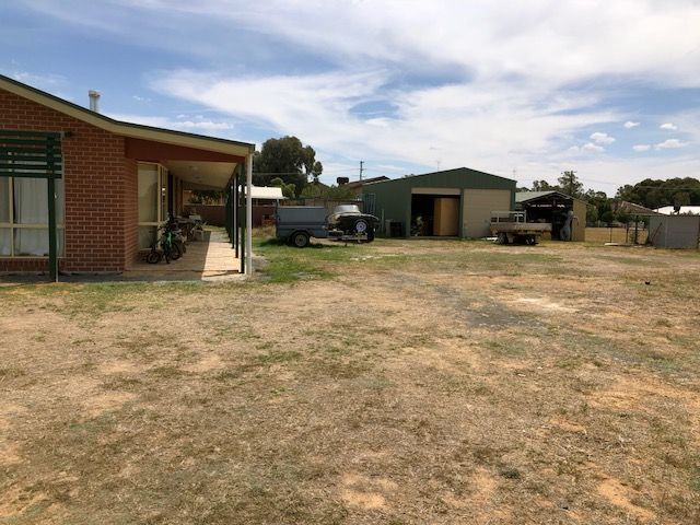 17 Sunnyside Crescent, Walla Walla NSW 2659, Image 1