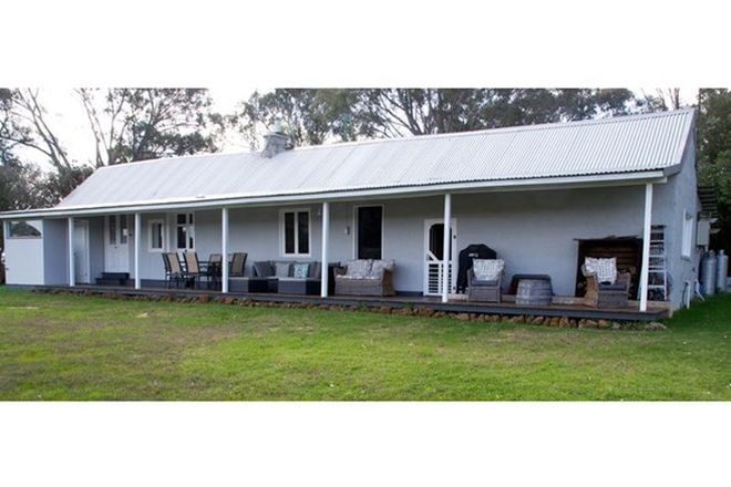 Picture of 883 Woodbine Road, REGANS FORD WA 6507