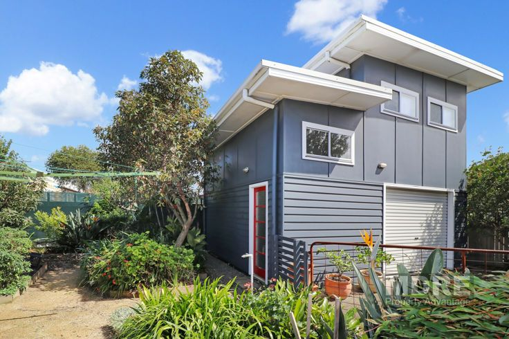 28 Holt Street, Mayfield NSW 2304, Image 2