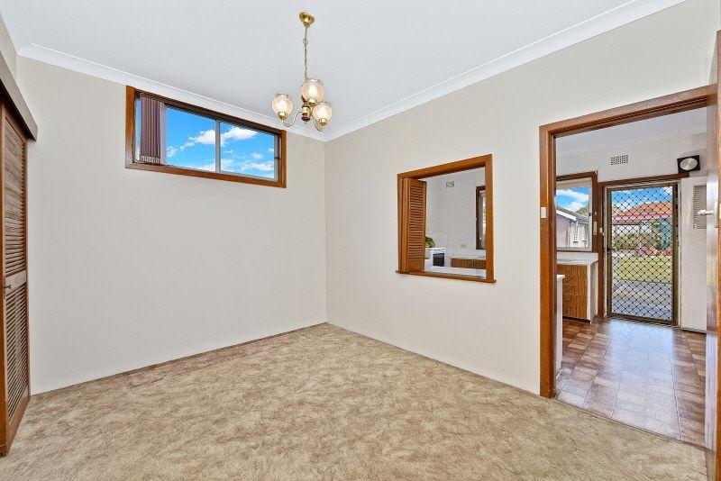 27 Gooreen, Lidcombe NSW 2141, Image 2
