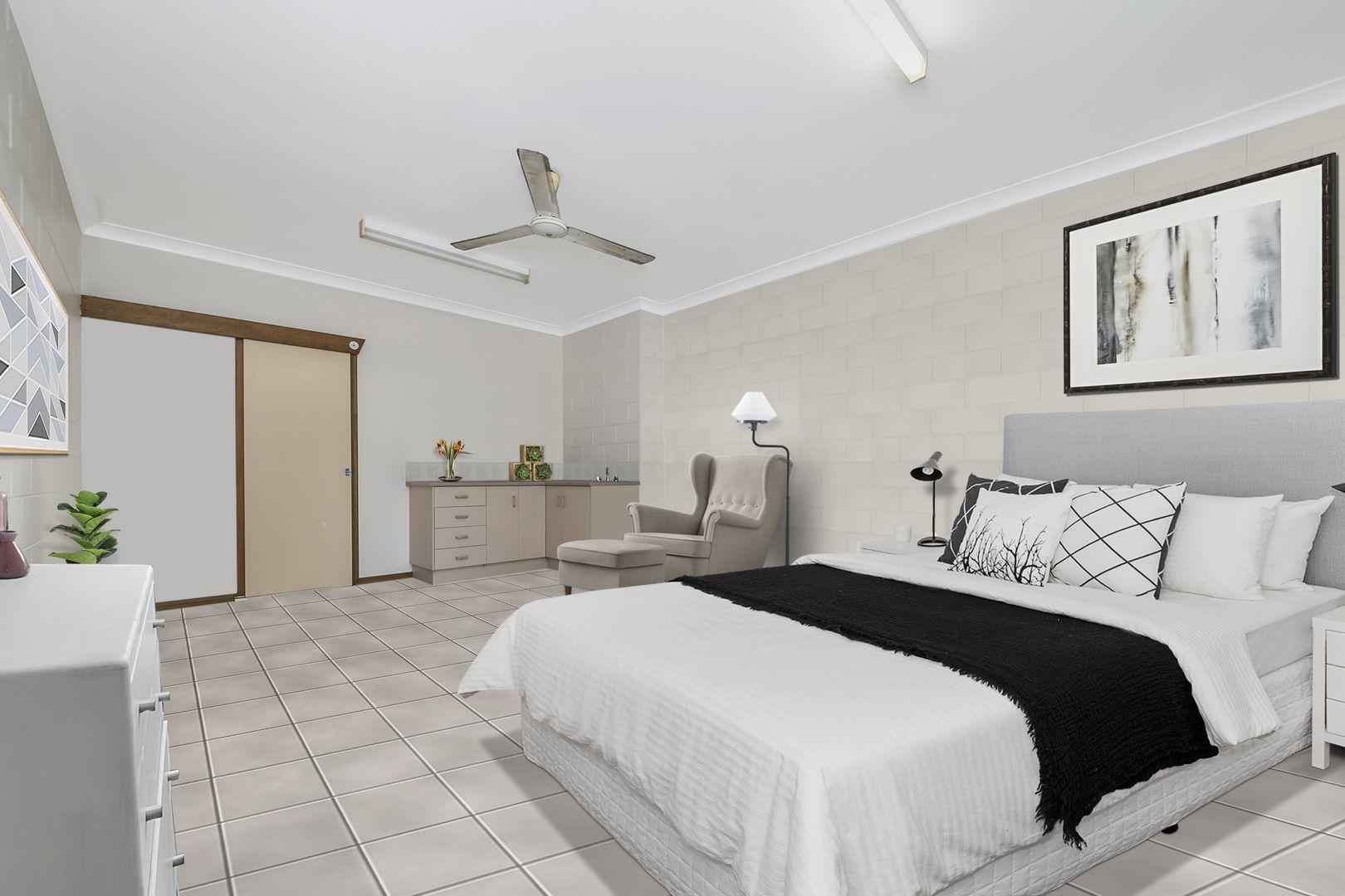 29 Reef Street, Saunders Beach QLD 4818, Image 2