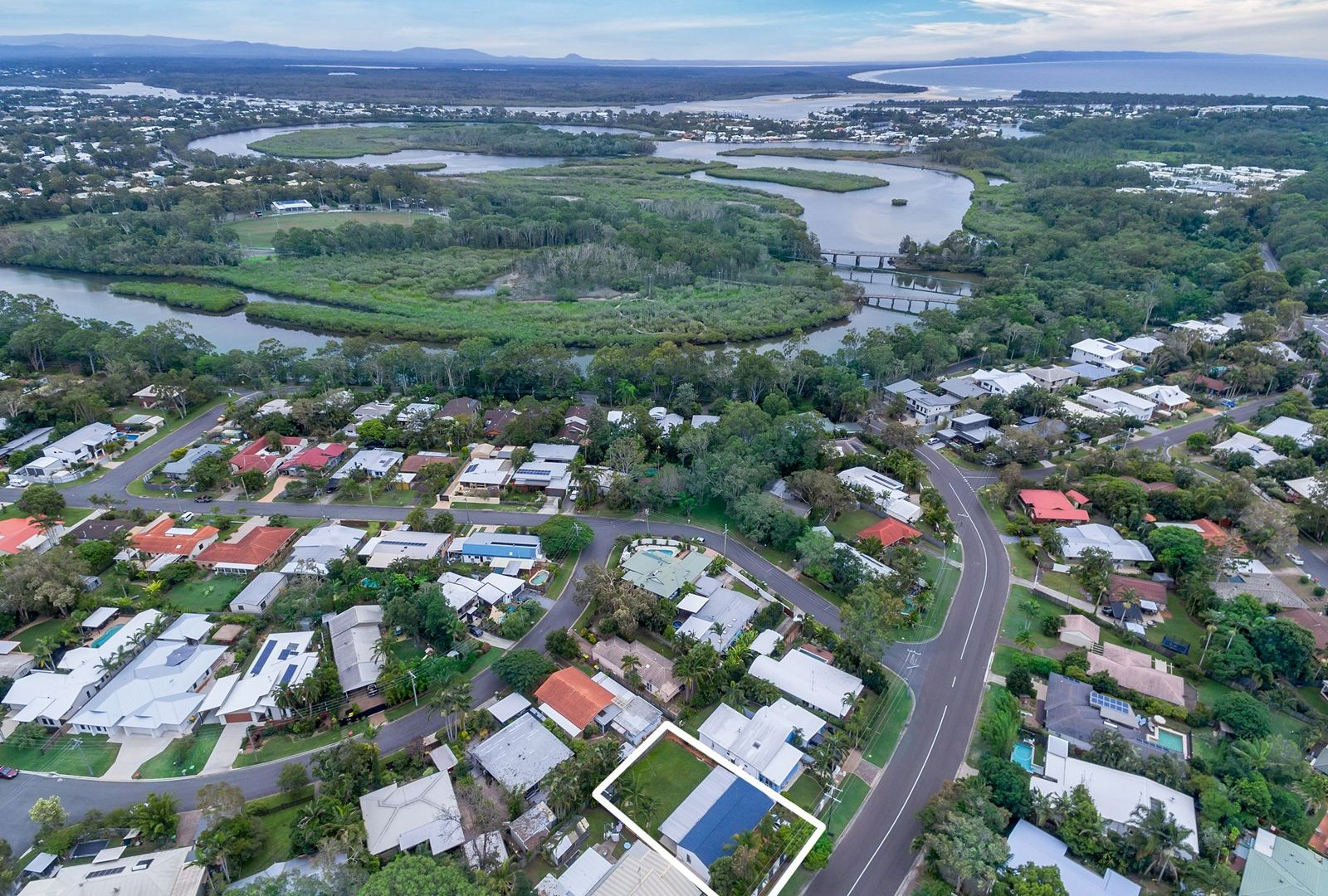 16 Sunset Drive, Noosa Heads QLD 4567, Image 1