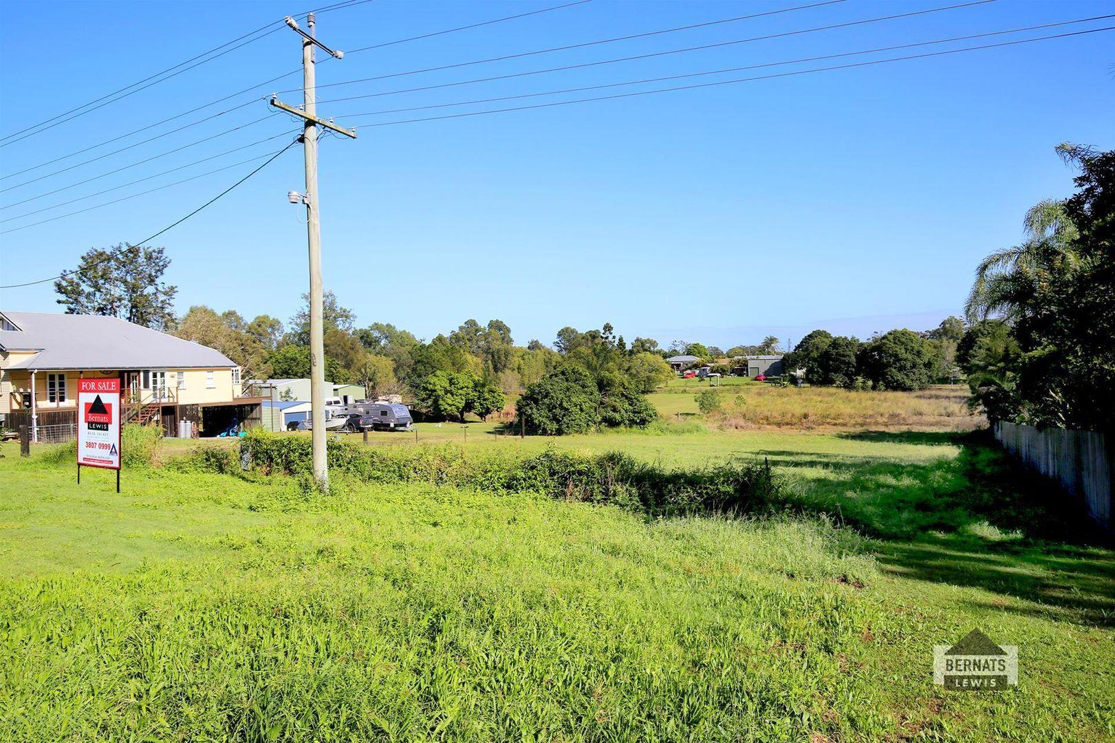 273 Rotary Park Road, Alberton QLD 4207, Image 2