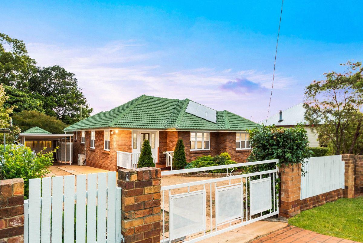 12 Robinson Street, North Toowoomba QLD 4350, Image 0