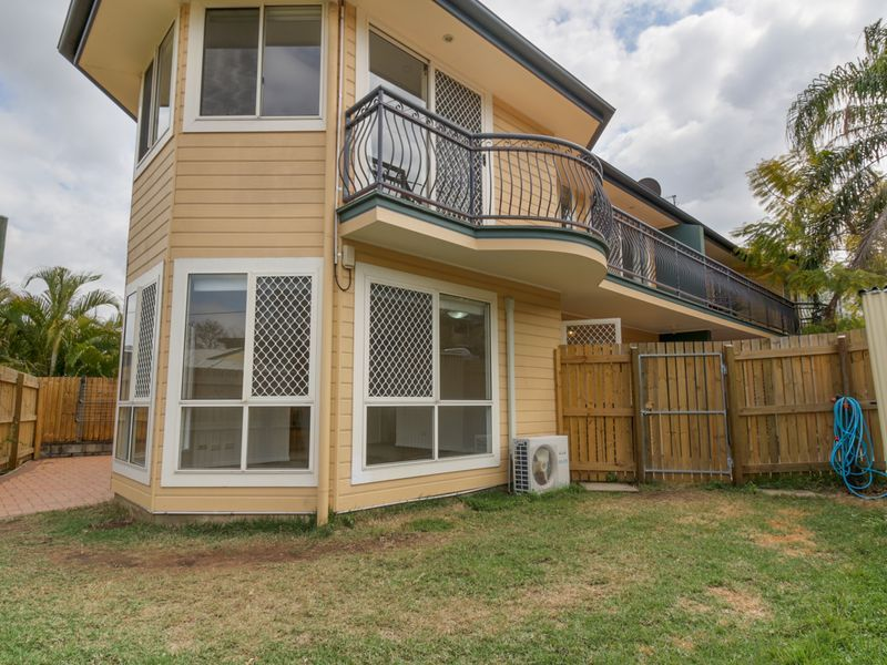 37 Nelson Parade, Indooroopilly QLD 4068, Image 0
