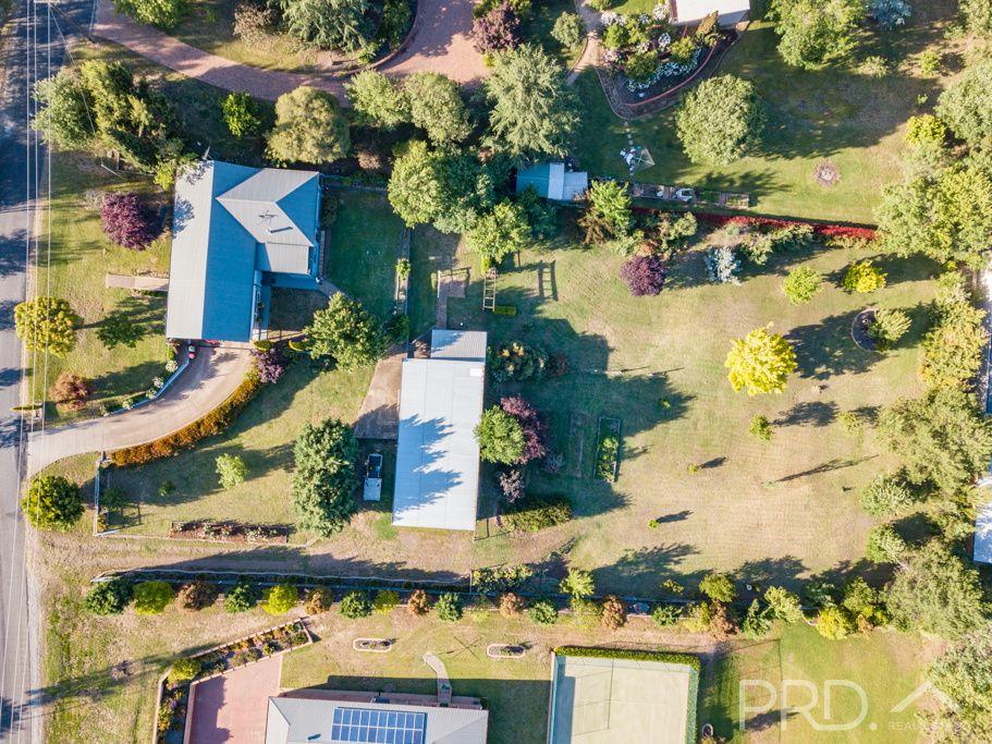 8 Bundara Crescent, Tumut NSW 2720, Image 2