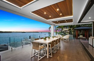Picture of 33 Knightsbridge Parade West, Sovereign Islands QLD 4216
