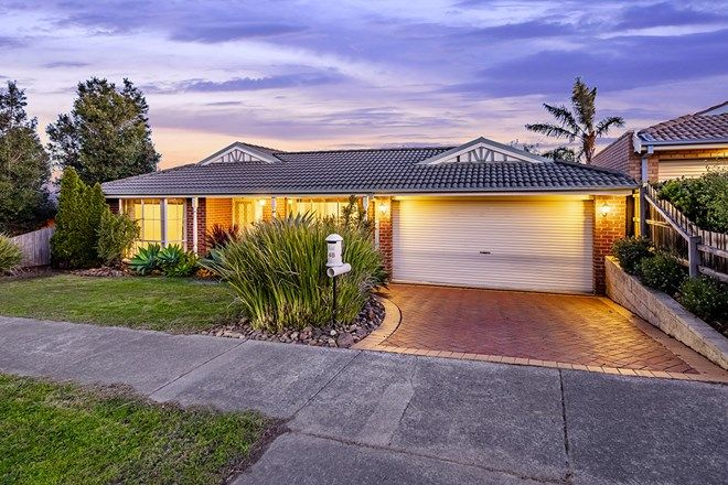 Picture of 48 Earlsfield Drive, BERWICK VIC 3806